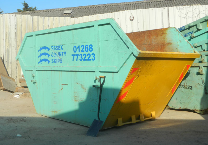 Maxi Skip Hire Grays by ECS
